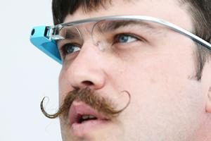 US authorities say they questioned an Ohio man they suspected of recording a movie in a theater with his Google Glass.